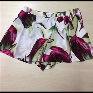 H&M Floral Shorts high waisted